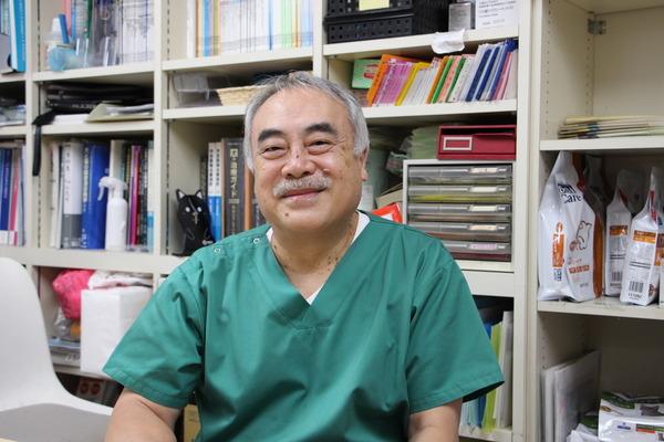 安田獣医科医院(東京都目黒区)の安田英巳獣医師